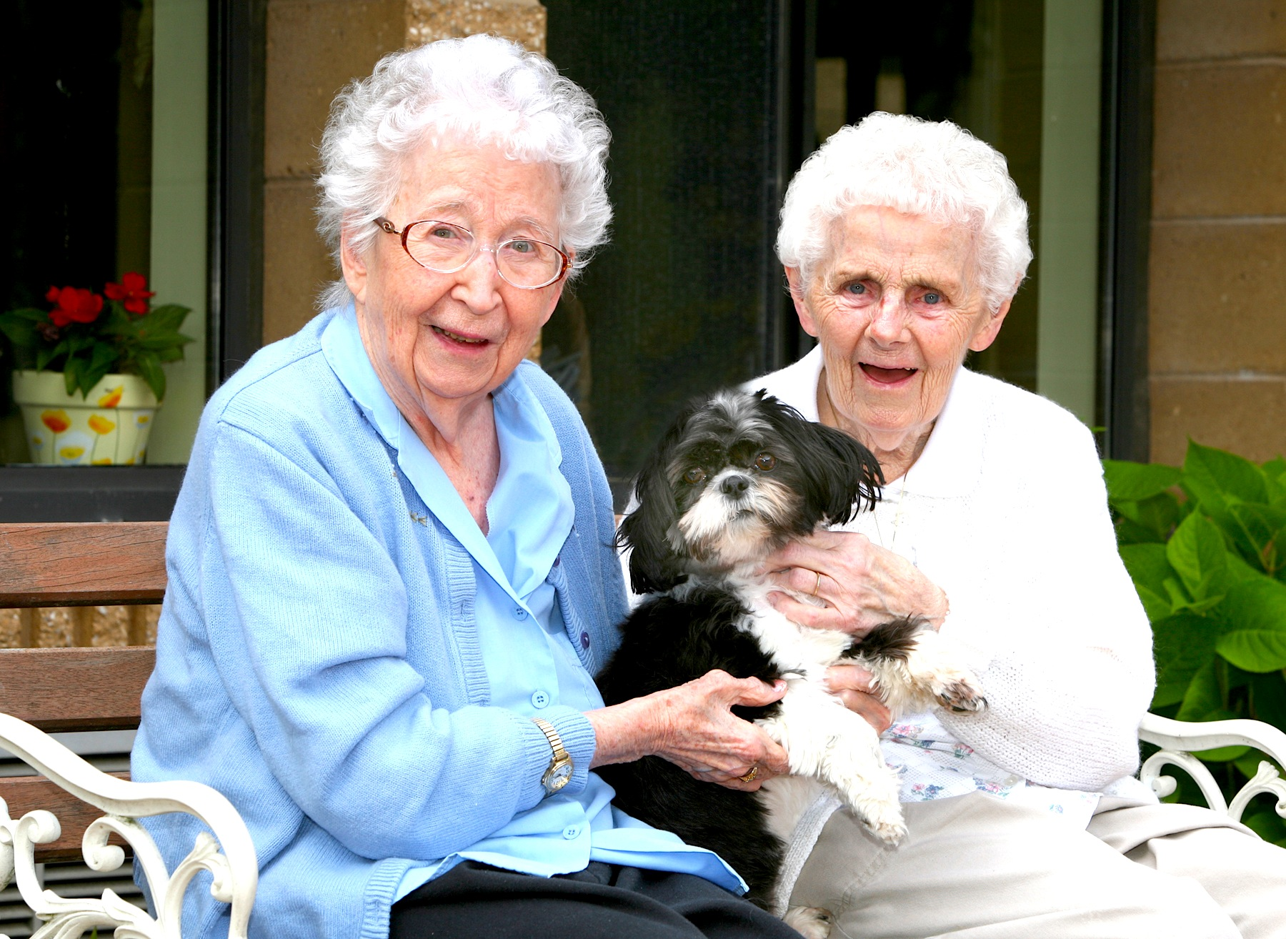 nursing home residents Nursing home residents just got new safeguards to their rights – rights they aren't suppose to lose when entering a facility.